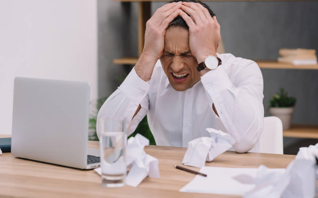 4 Distractions That Waste Employees' Time and How to Overcome Them